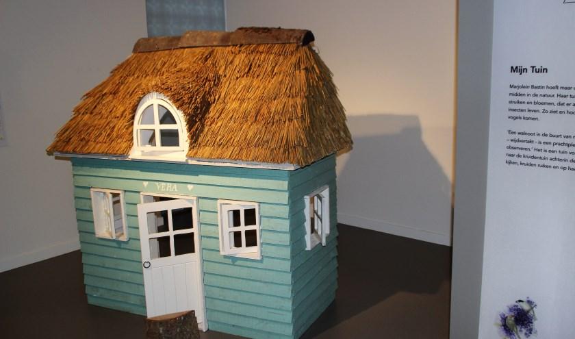 Het huisje van Vera de Muis zoals dat op de tentoonstelling in het museum te zien is. Foto Dick Baas