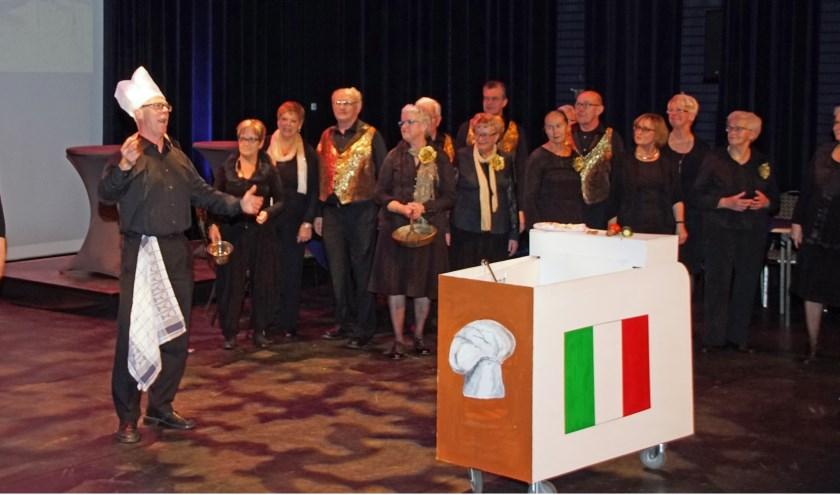 """Vorig jaar speelde Operette Rosmalen 'Eine Nacht in Venedig'. """"Misschien wel de mooiste tot nu toe"""", blikt voorzitter Karin Schenk terug. """" Alles klopte, het decor, orkest, kleding en bezetting."""""""