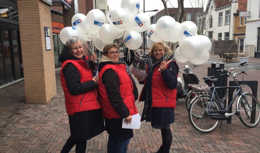 Drie medeorganisatoren van KWF voor de Merletloop. (eigen foto)
