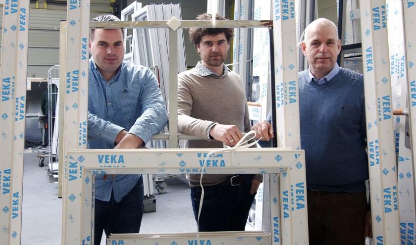 Jos Blom, die in 1998 als bedrijfsleider bij Aarnink begon, geeft de leiding van het bedrijf langzamerhand over aan zijn beide zonen Mark en Stefan. (Foto: Auke Pluim)