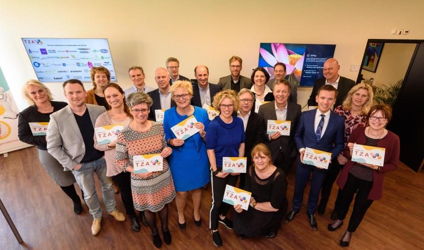 Op vrijdag 6 april was de officiële startbijeenkomst van de coöperatieve vereniging.