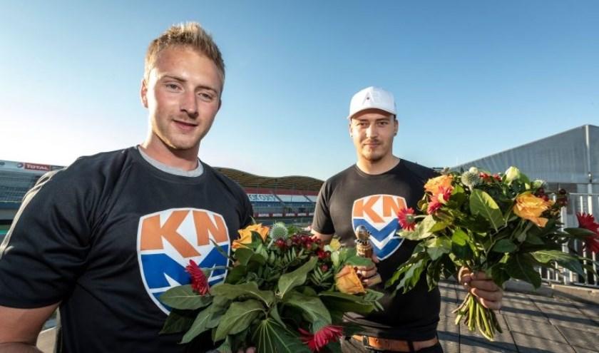 Winnaars Melvin van Wessel (rechts) en Kees Teeuwen maken deel uit van het KNMV Dutch eSports Team.