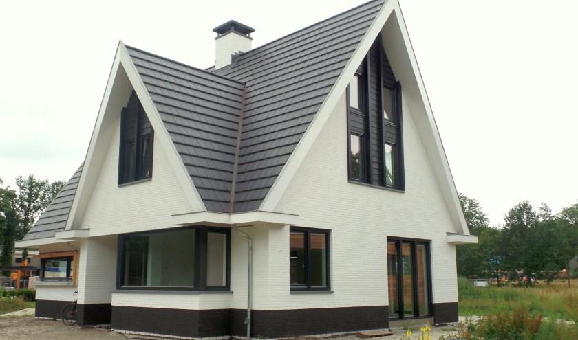 In Enschede is recent een houtskeletbouwwoning opgeleverd. Bouwer en bewoners willen het graag laten zien.