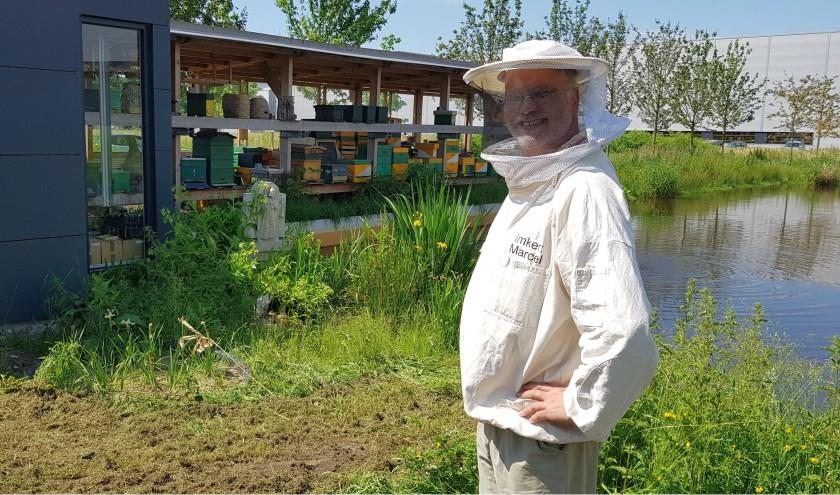 Imker Monitort Gezondheid Van Bijen Stadsnieuws Tilburg