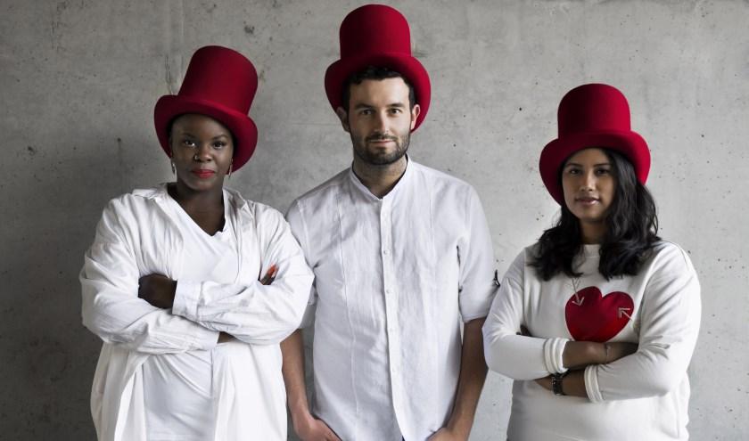 De Rotterdamse popgroep The 004 en het Daniel den Hoed Fonds slaan de armen in één.