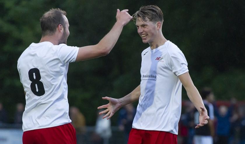Beide doelpuntenmakers Rik Renirie en Lars Loermans.