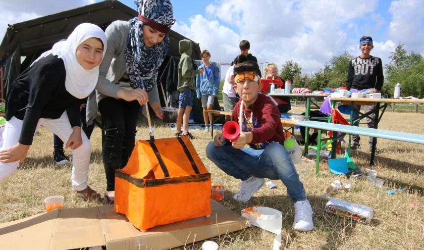 Kinderen van de Elderhoeve maken ontwerpen voor de toekomst tijdens de XL editie van Zuid aan Zee