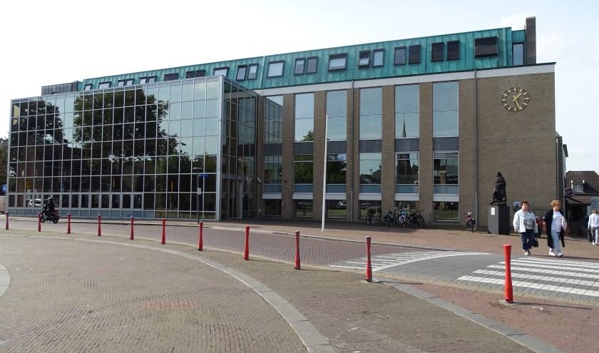Het gemeentehuis in Cuijk. (foto: Shelly Boom)