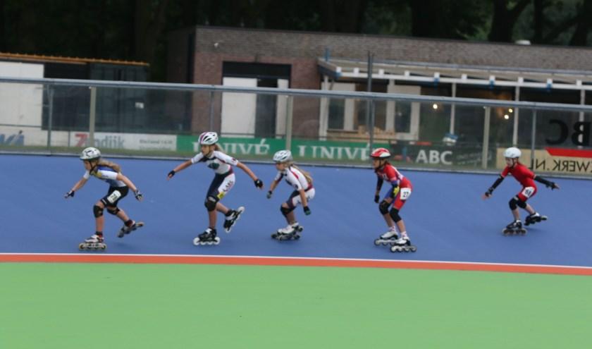 Skeelerclub Oost Veluwe houdt open avonden voor de jeugd.