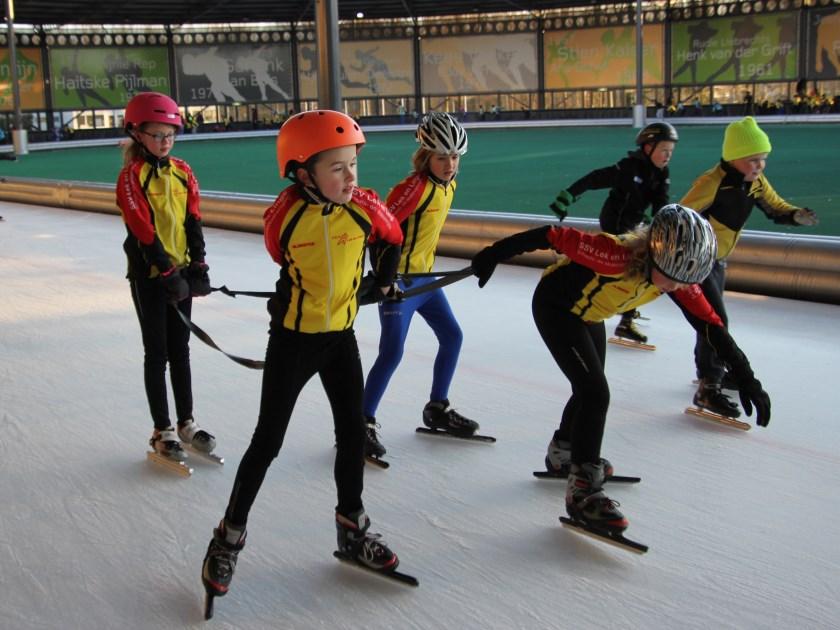 Als je in hun hart zou kunnen kijken, dan zou je zien dat de meeste kinderen toch wel graag goed willen leren schaatsen.