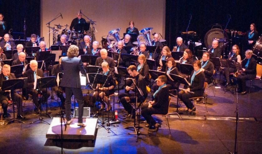 Het Dagorkest van Harmonievereniging Barendrecht geeft met Apollo een dubbelconcert. (Foto: PR)