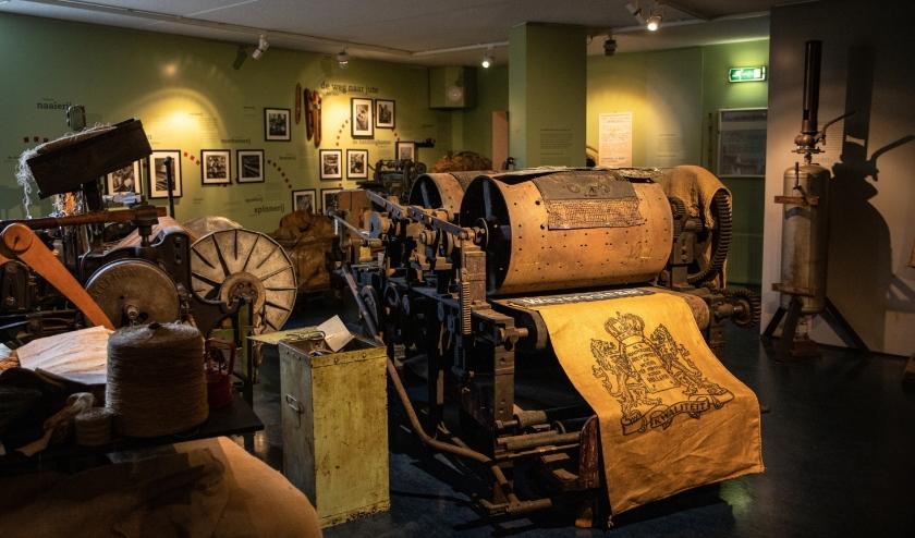 RIJSSEN - In de industriekelder van het Rijssens Museum wordt de jutegeschiedenis nog beter zichtbaar gemaakt. (Foto: Irene Dangremond)