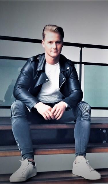 Enschedeër Danny Moes dingt mee naar de titel Mister International Netherlands, een verkiezing voor mooie mannen.