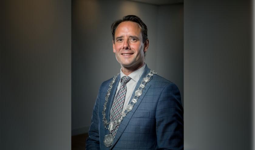 Het is een roerige tijd geweest voor Harm-Jan van Schaik in zijn rol als burgemeester van Harderwijk.