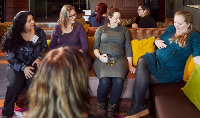 Mammacafe Enschede is vanaf 12 november te vinden in de bieb aan de Pijpenstraat 15.