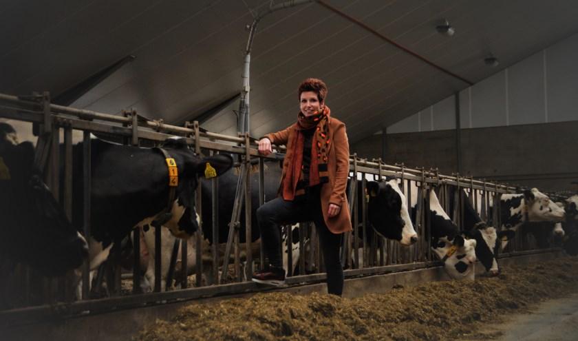 Tineke Bogers is trots op de boerderij, trots op wat ze hebben opgebouwd en haar gezin dathier zo hard werkt.