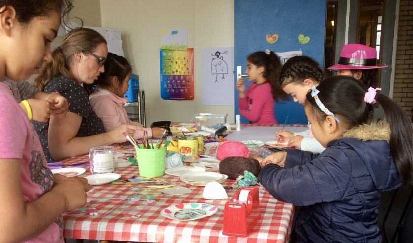 Time4You Rijswijk laat kinderen even zichzelf zijn tijdens waardevolle knutseluurtjes.