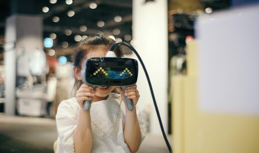 In heel Twente kunnen kinderen uit Twente kennismaken met de virtuele wereld.