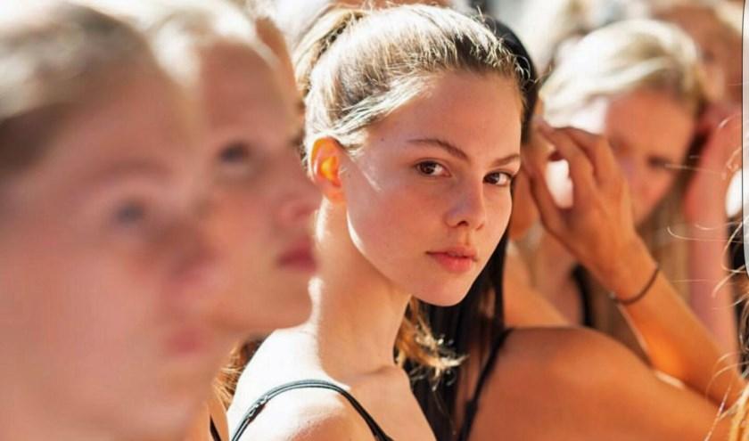 Model Britt van de Sande (14) uit Leende wacht met spanning op de uitslag van de Elite Model Look casting.