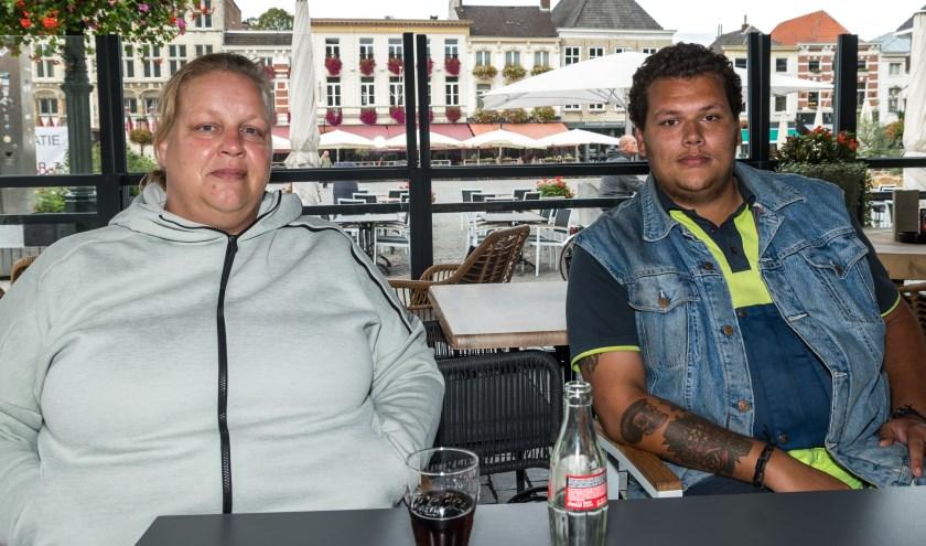 Rebecca Engel en haar zoon Maurice, dit jaar voor het eerst samen actief voor de Roparun. Foto: Marjan Stolk.