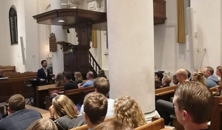 Back to the Bible werd op 25 september druk bezocht door ruim zestig jongvolwassenen.