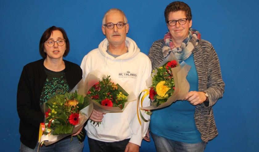 Van links naar rechts Yolanda van Andel, Jan Vos en Jolanda de Jong. Henk Zwijnenberg was niet aanwezig. Eigen foto
