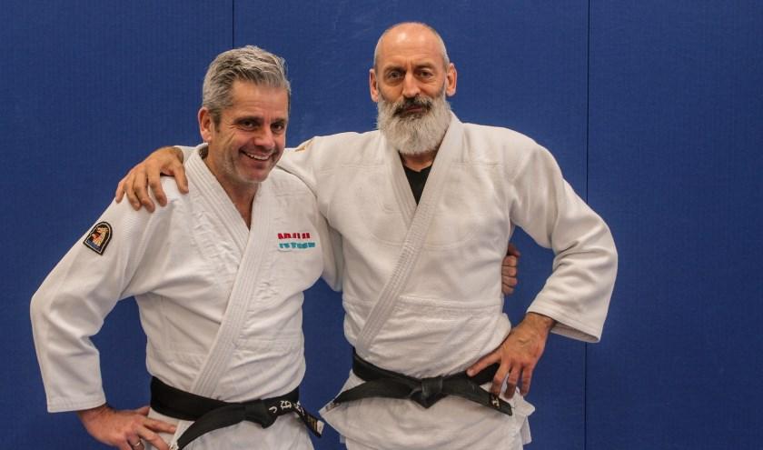 Andy Reuvers (links, Judo Boot) en Engbert Flapper (rechts, Judo Zwolle).