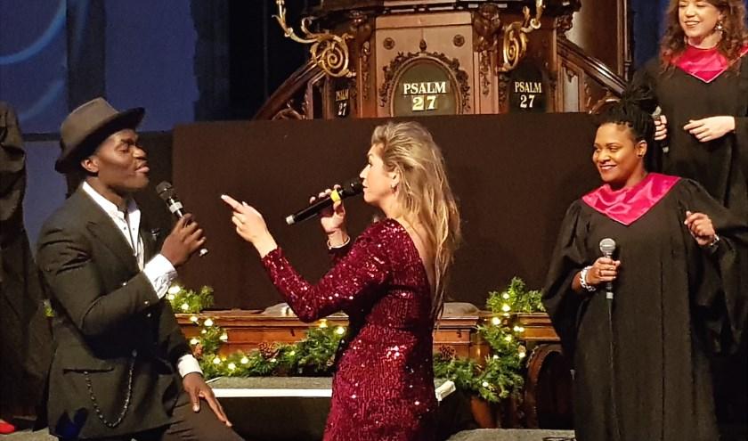 Vorig jaar trad Steffen Morrison, samen met zangeres Do, op tijdens de Black Gospel Night in de Sint Jan. Foto: Marianka Peters