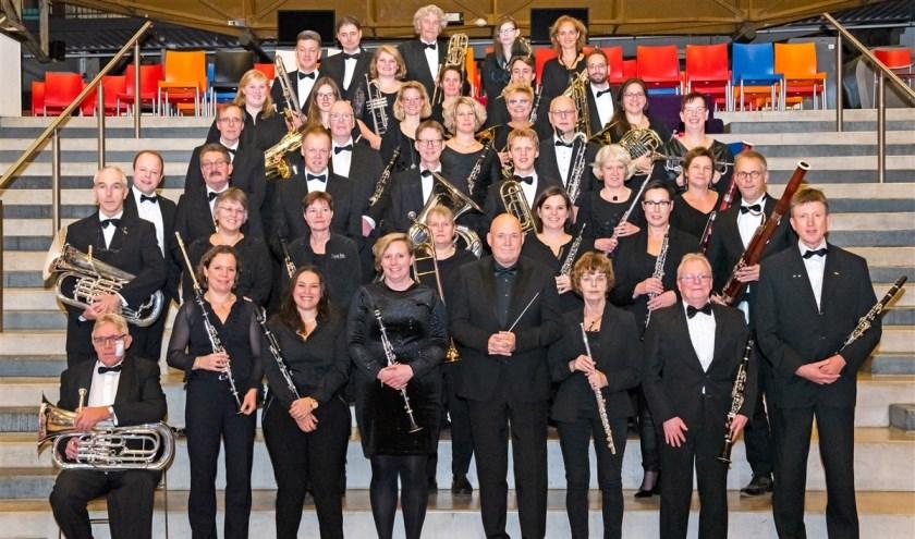 Harmonie Orkest Twente bestaat 15 jaar en dat zullen ze weten in Enschede en omgeving!