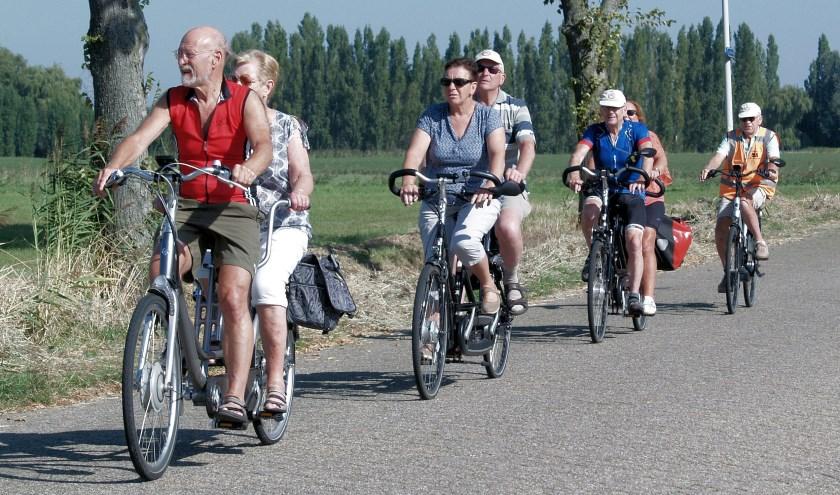 Enkele deelnemers aan een van de tochten van Stichting Vigeta. Foto: Piet Brocatus.