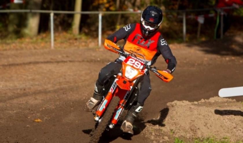Hannamax KTM-rijder Antony Donders uit Kaatsheuvel in actie.
