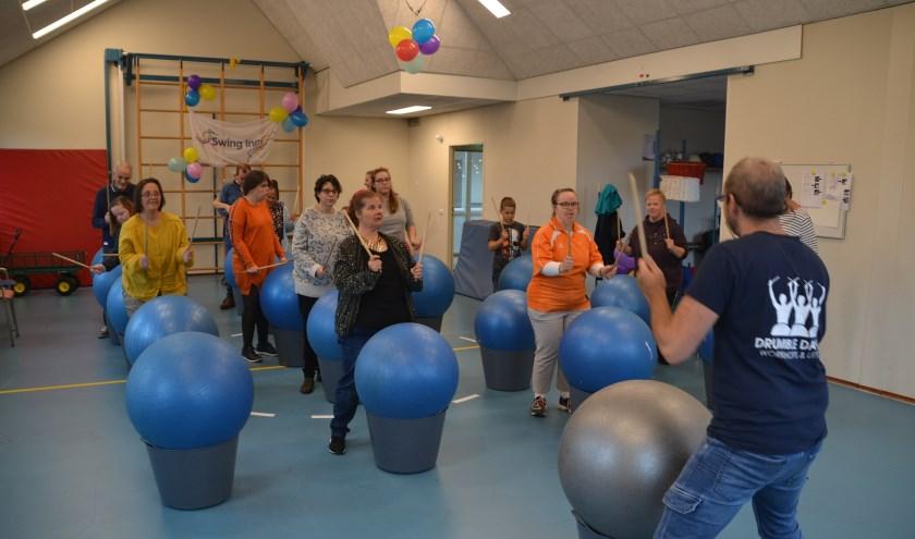 Workshop Drumble Dance tijdens het feest
