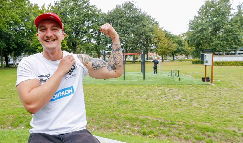 """""""Heel belangrijk in deze sport: de basisoefeningen. Dus die ben ik meteen gaan doen en werd ik steeds sterker en sterker."""" FOTO: Bert Jansen."""