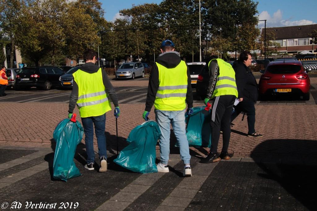 Opruimen van zwerfafval Foto: Ad Verbiest © DPG Media