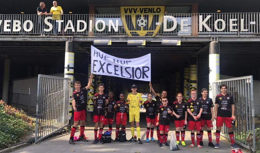 Excelsiors G-jeugd begon de Bijzondere Eredivisie in VVV's stadion De Koel en won er twee van de drie wedstrijden. (Foto: PR)