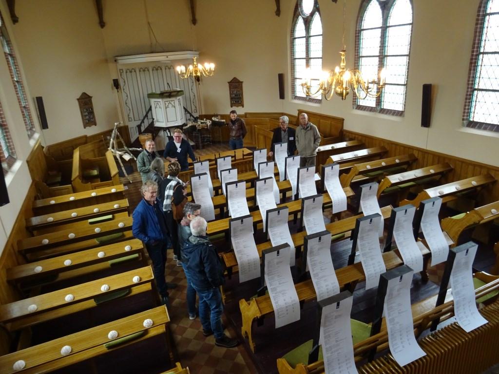 Expositie: een kerk vol mensen Foto: Jacqueline Maris © DPG Media