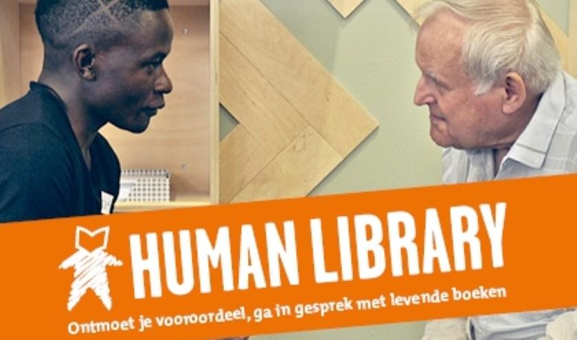 In de Human Library kunt u in gesprek met levende boeken.