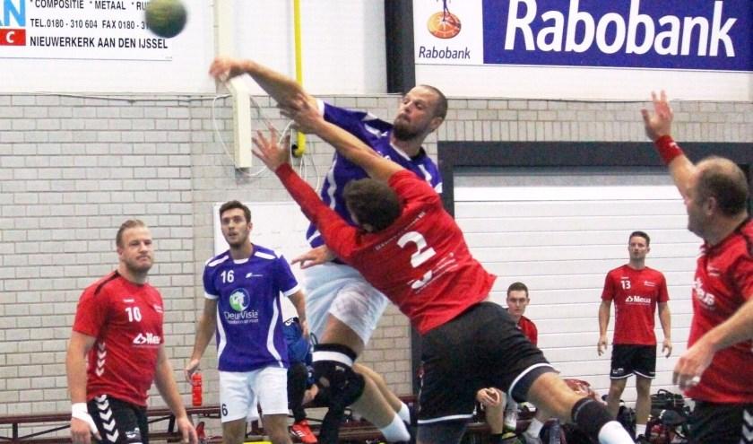 Het is de handballers van Drechtsteden niet gelukt de volgende ronde te bereiken van de landelijke beker. (Foto: Privé)