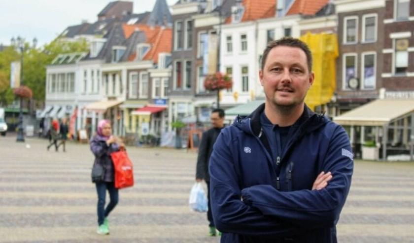 Dirk is één van de 8 buurtsportcoaches (foto: Indebuurt.nl/delft).