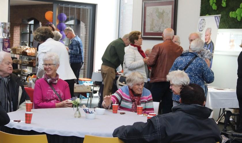 De seniorendag in Culemborg werd druk bezocht. Het was er reuze gezellig.