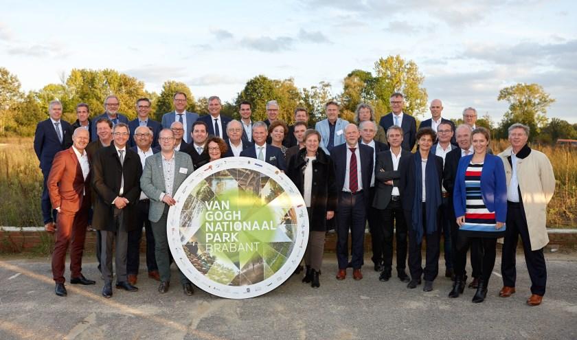 Donderdag hebben 35 partijen een samenwerkingsovereenkomst ondertekend. Het markeert een nieuwe stap in de oprichting van dit Nationale Park Nieuwe Stijl.