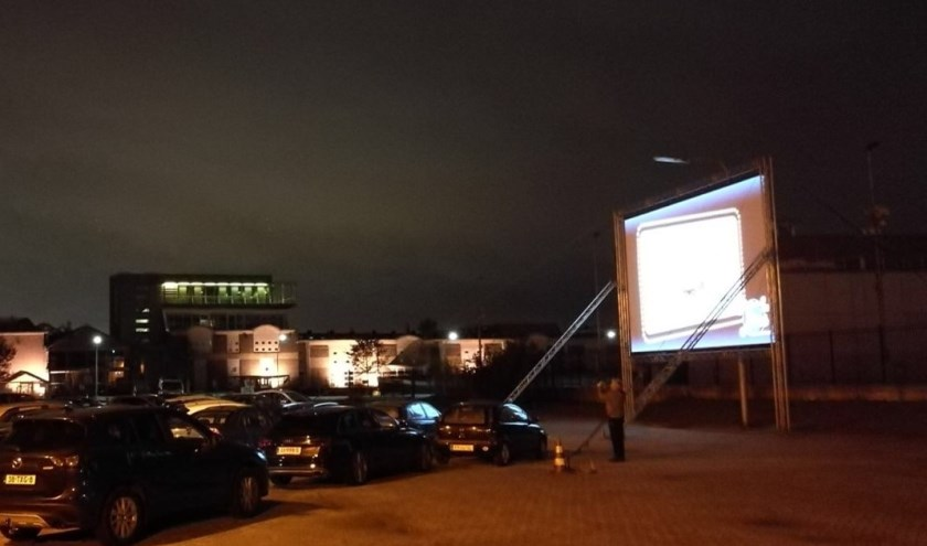 Ronde Tafel Schiedam.Drive In Bioscoop Schiedam Gaat Weer Draaien Nieuwe Stadsblad