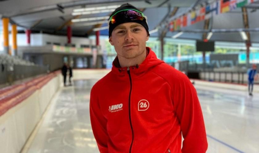Stef Brandsen kijkt uit naar het komende seizoen waarin hij schaatst voor de commerciële schaatsploeg Team IKO.