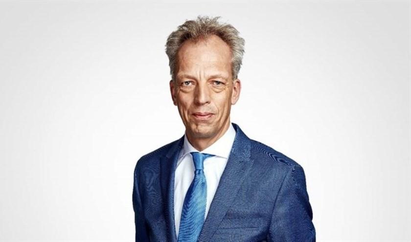 Sjors Fröhlich, ooit een populaire radio-DJ, wordt de nieuwe burgemeester van de (bijna) nieuwe gemeente Vijfheerenlanden.