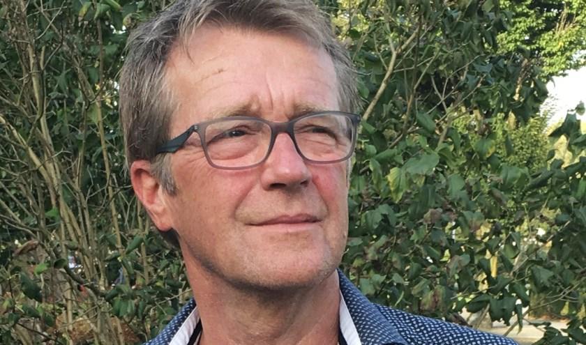 """Egbert Wessels: """"Platform Progressief Wierden zal zich blijven inzetten om het groen in de dorpskernen te behouden."""" (Eigen foto)"""