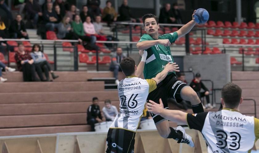 Tachos-speler Jochem Brouwer in de aanval.