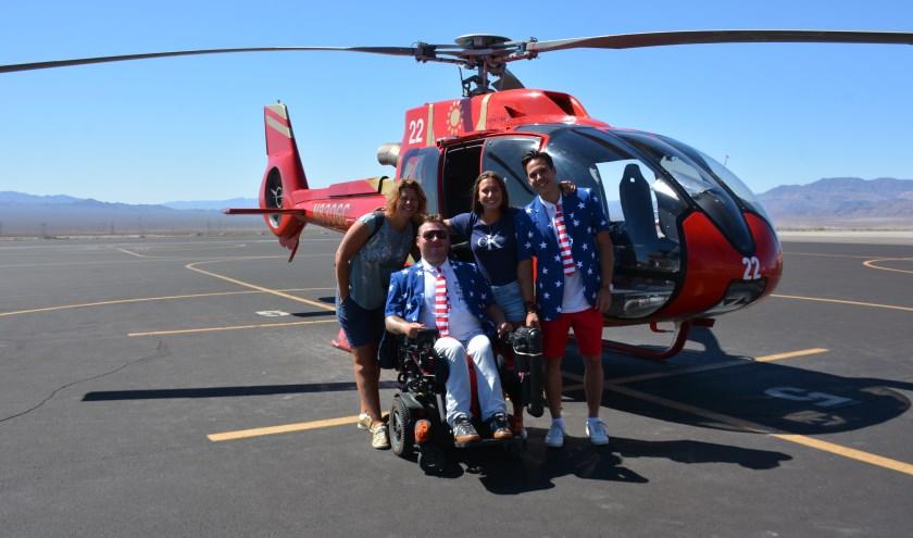 Reis van mijn leven team bij de helikoptervlucht