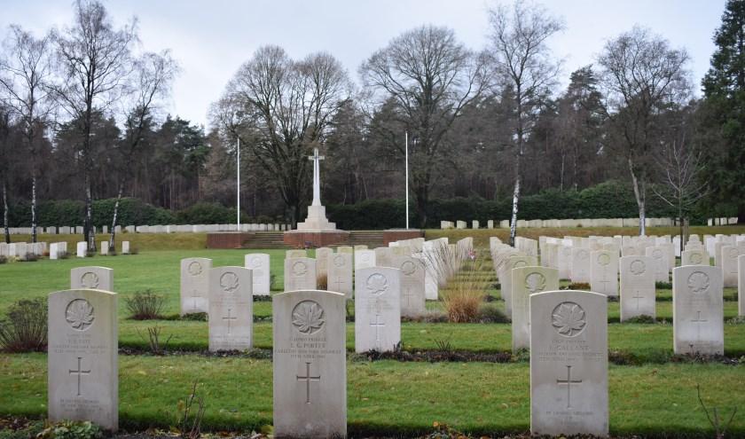 De Canadese Begraafplaats in Holten.