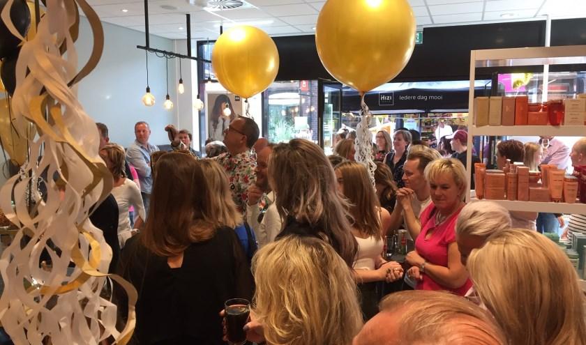 Zo'n 50 belangstellenden waren op het openingsfeest in Hoog Dalem afgekomen. Eigen foto