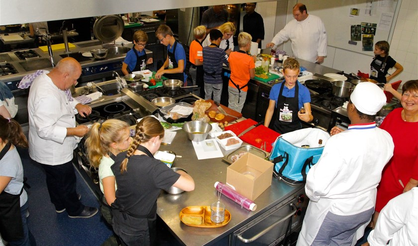 Keukenbazen is de spannendste kookwedstrijd voor kinderen van 10 tot 12 jaar uit Noordoost-Brabant.